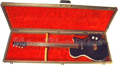 Silvertone Bass made by Danelectro model 1444 - U1 style - single pickup electric bass guitar-case
